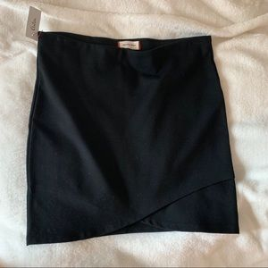 Aritzia Sunday Best Black Ponte Body Con Mini